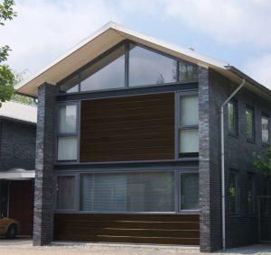 Keralit gevelbekleding sponningdeel 190 earthbrown huis