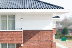 Keralit voorbeeld van sneeuw witte dak- en gevelbekleding Den Haag