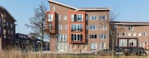 Moderne gevelbekleding 143 rood appartementen