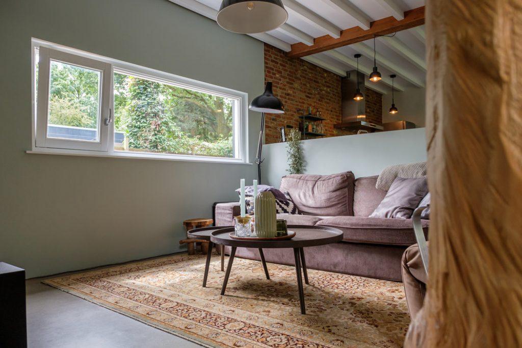 interieur woonkamer zelfgebouwd huis